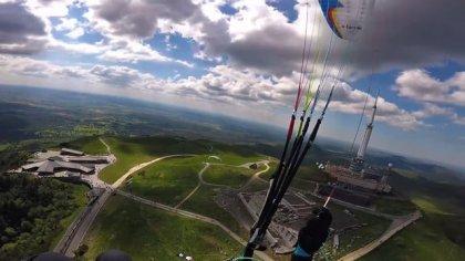 Parapente acrobatique au Puy de Dôme 2017