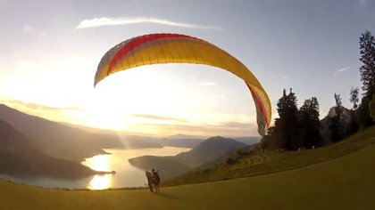 Over the lake - Annecy - acro paragliding