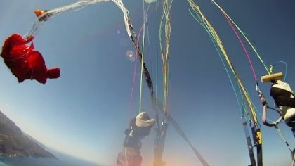 Paraglider tandem acro test flight gone bad - spectacular incident