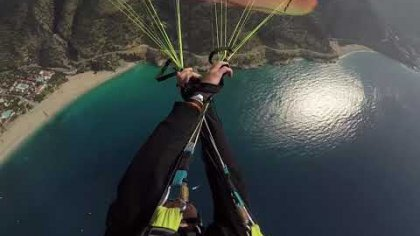 Somewhere in paradise | Acro paragliding