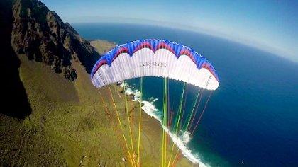 Freestyle paragliding El Hierro