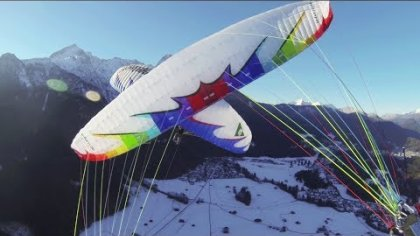 Beautiful winter flight and synchro acro paragliding from Osterfelderkopf