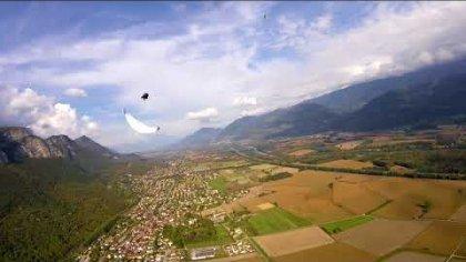 Acro paragliding Vs Drone racer