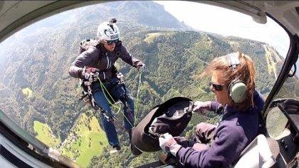 Heli drop with a paraglider @ HeliDays Austria