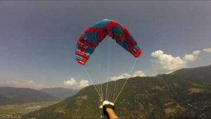 EXTREME ACRO PARAGLIDING FAIL - DOING IT ALL WRONG